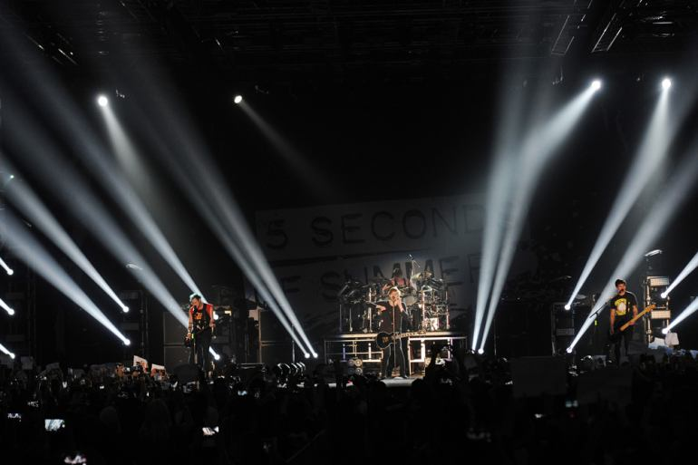 5 Seconds Of Summer Live In KL Slide 1