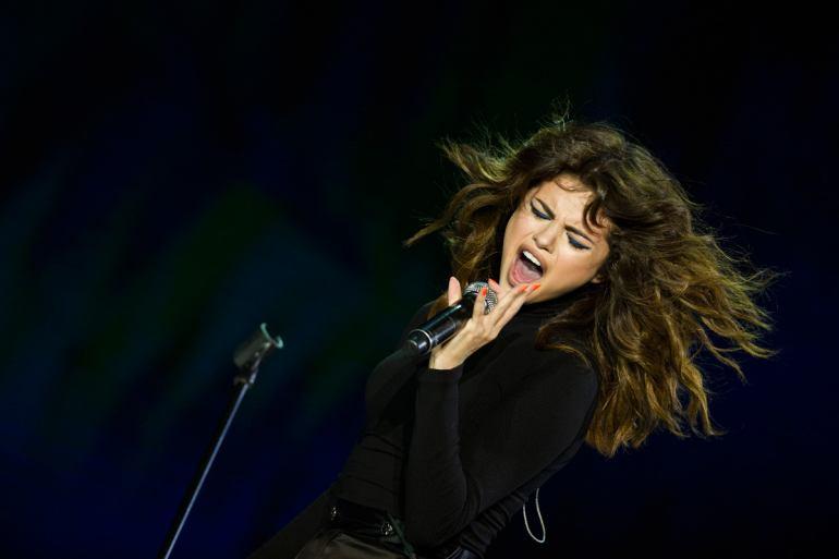 Selena Gomez Live In Malaysia Slide 1