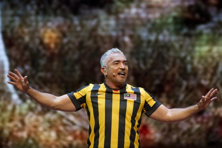 Cesar Millan Live in Kuala Lumpur 2015 Slide 4