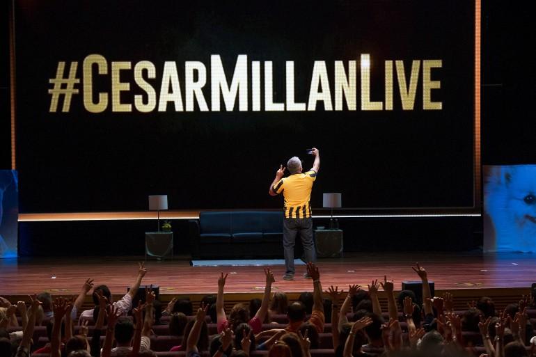Cesar Millan Live in Kuala Lumpur 2015 Slide 1