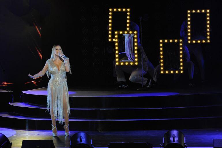 Mariah Carey Live In Concert Kuala Lumpur 2018 Slide 2